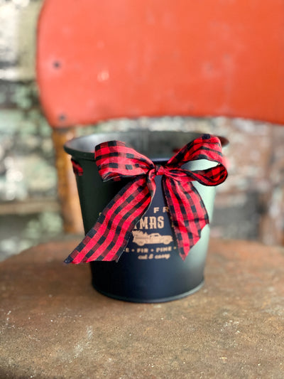 Farm Fresh Round Tin Christmas Planter