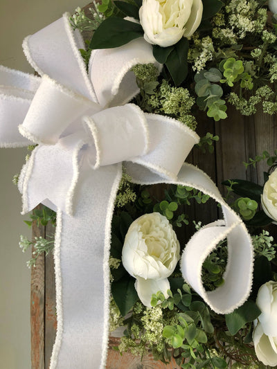 The Irene White & Green All Season Wreath