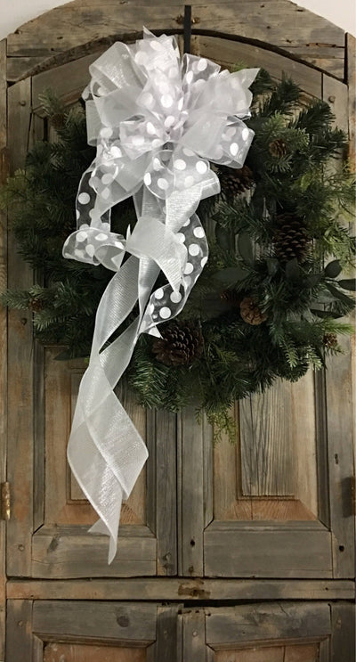 The Diana Sheer White Winter Bow