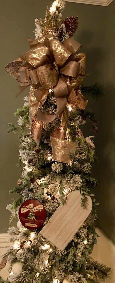 The Queen Mary Pewter & Gold Christmas Bow