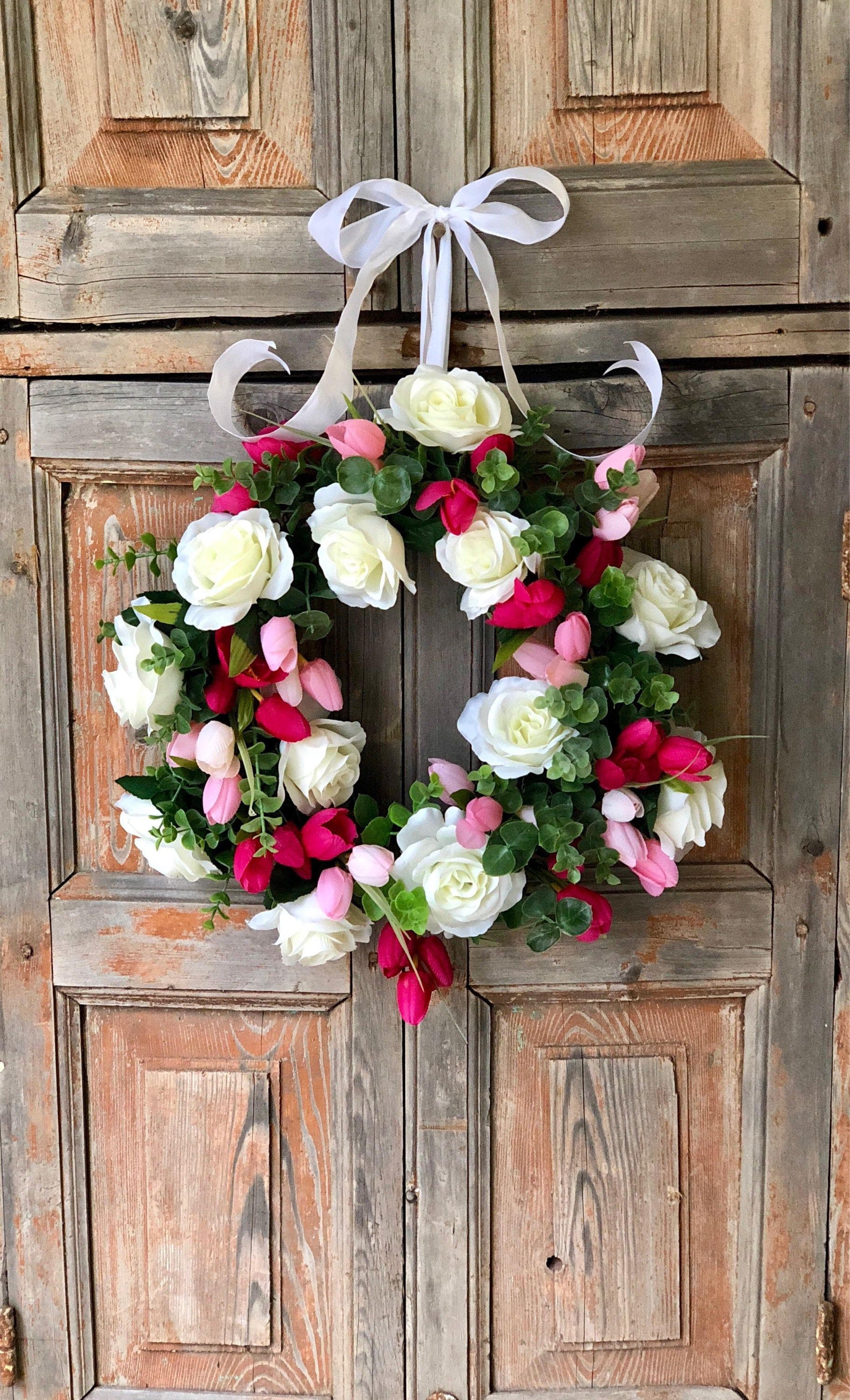 The Valerie White & Pink Rose wreath