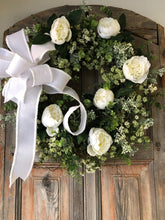 Load image into Gallery viewer, The Irene White & Green All Season Wreath