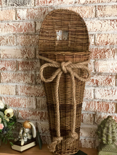The Nantucket Willow Wall Basket