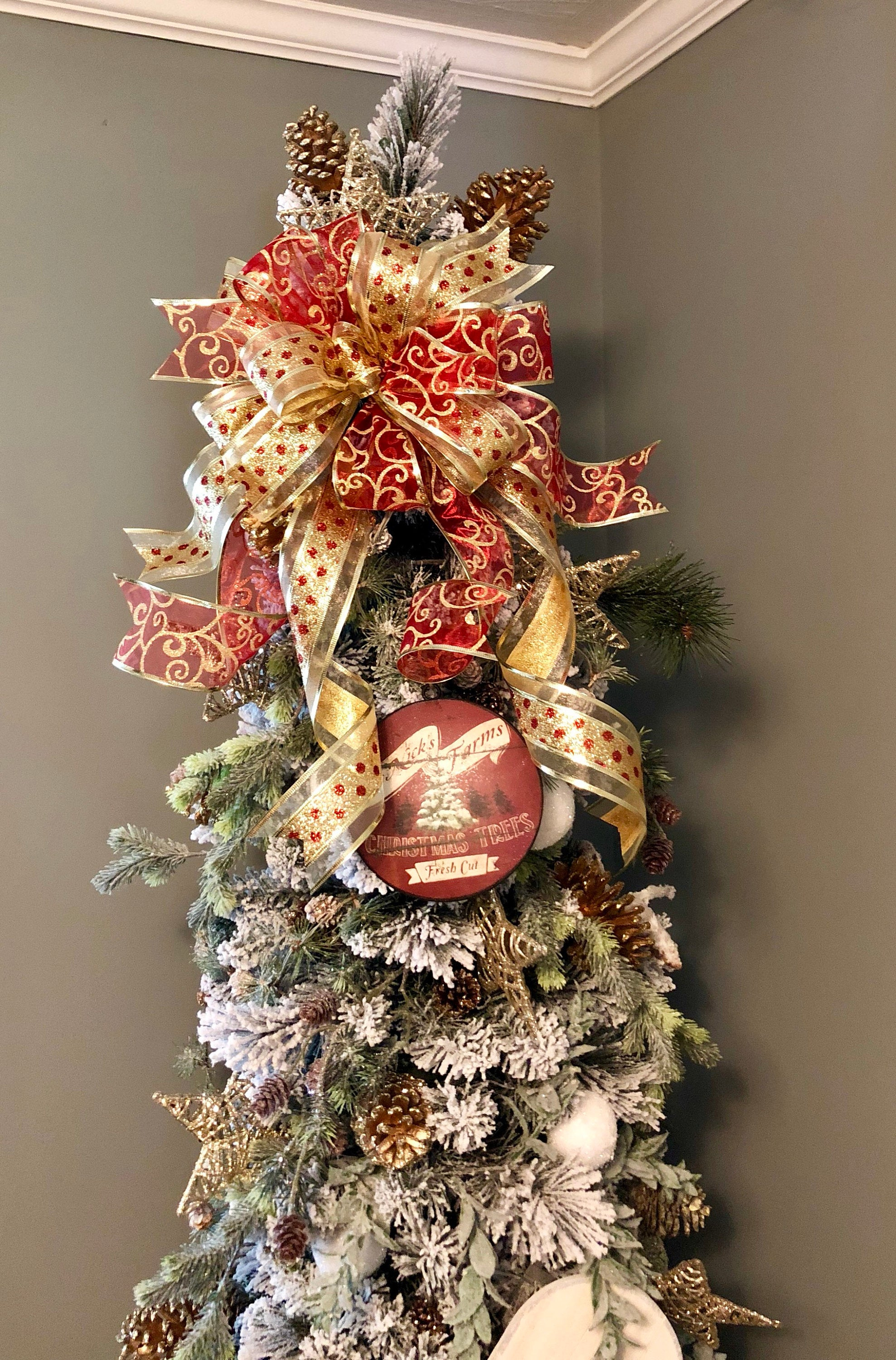 The Amy Red Gold Christmas Tree Topper Bow Crested Perch