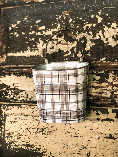 The Melinda Cream & Black Check Farmhouse Metal Hanging Wall Pocket~Farm decor rural garden planter~Country rustic decor~Fixer upper decor