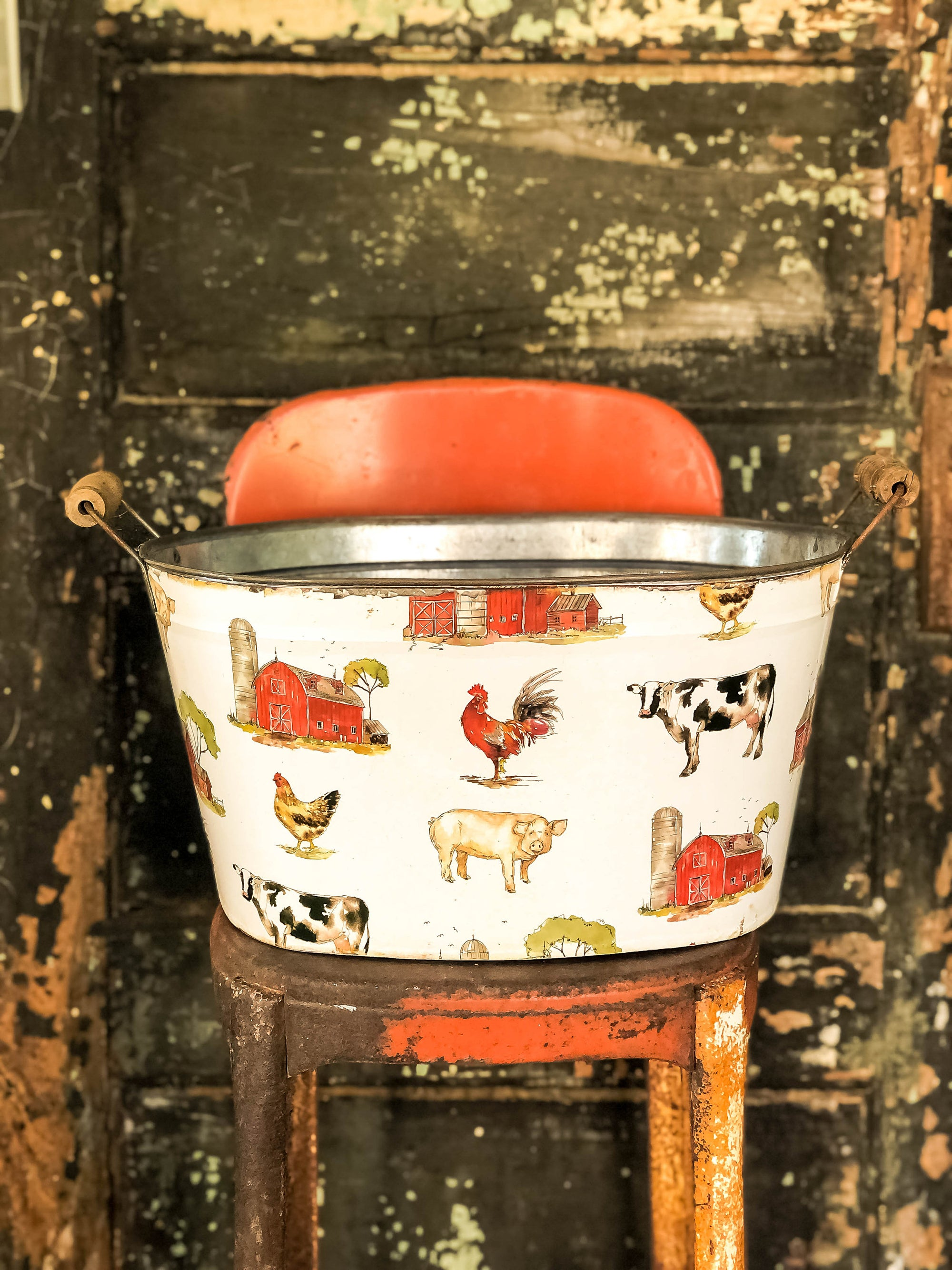 The Annie Vintage Style Farm Animal Print Oval Metal Bucket With Wood Handles~Farmhouse & cabin door home decor~Large rustic tub planter
