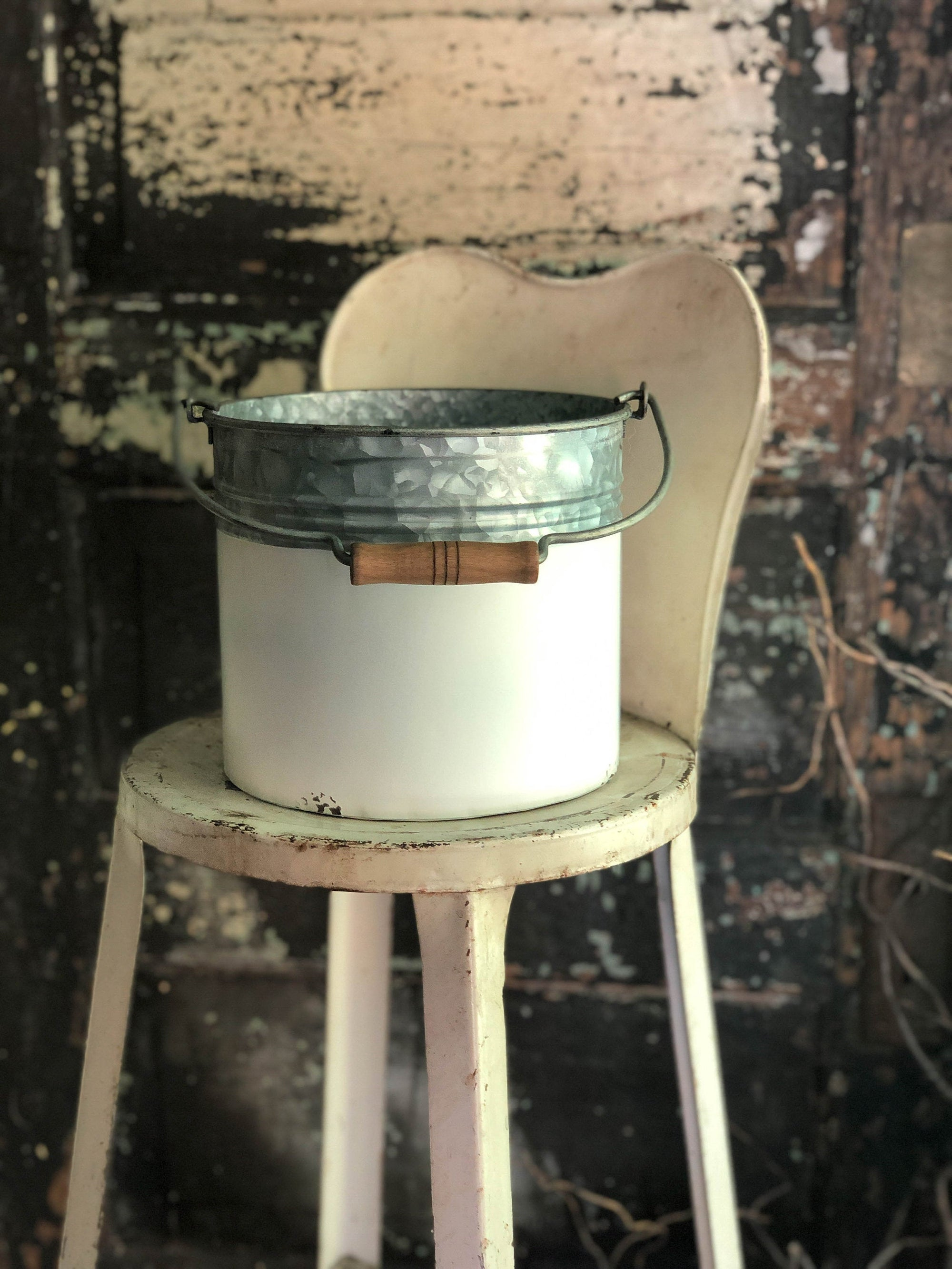 Farmhouse galvanized white pail with wood handle~Rustic primitive decor~fixer upper decor~galvanized bucket planter~shabby chic container