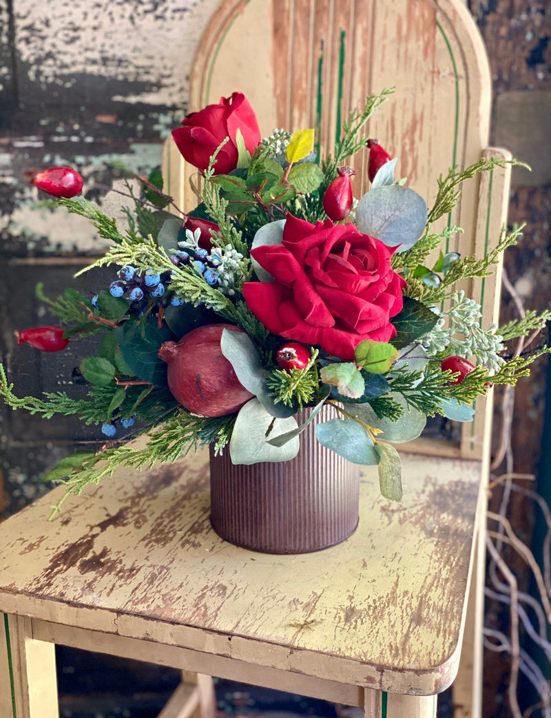 The Scarlet Red Rose Centerpiece For Dining Table, Farmhouse elegant decor, all season arrangement, French country cottage decor