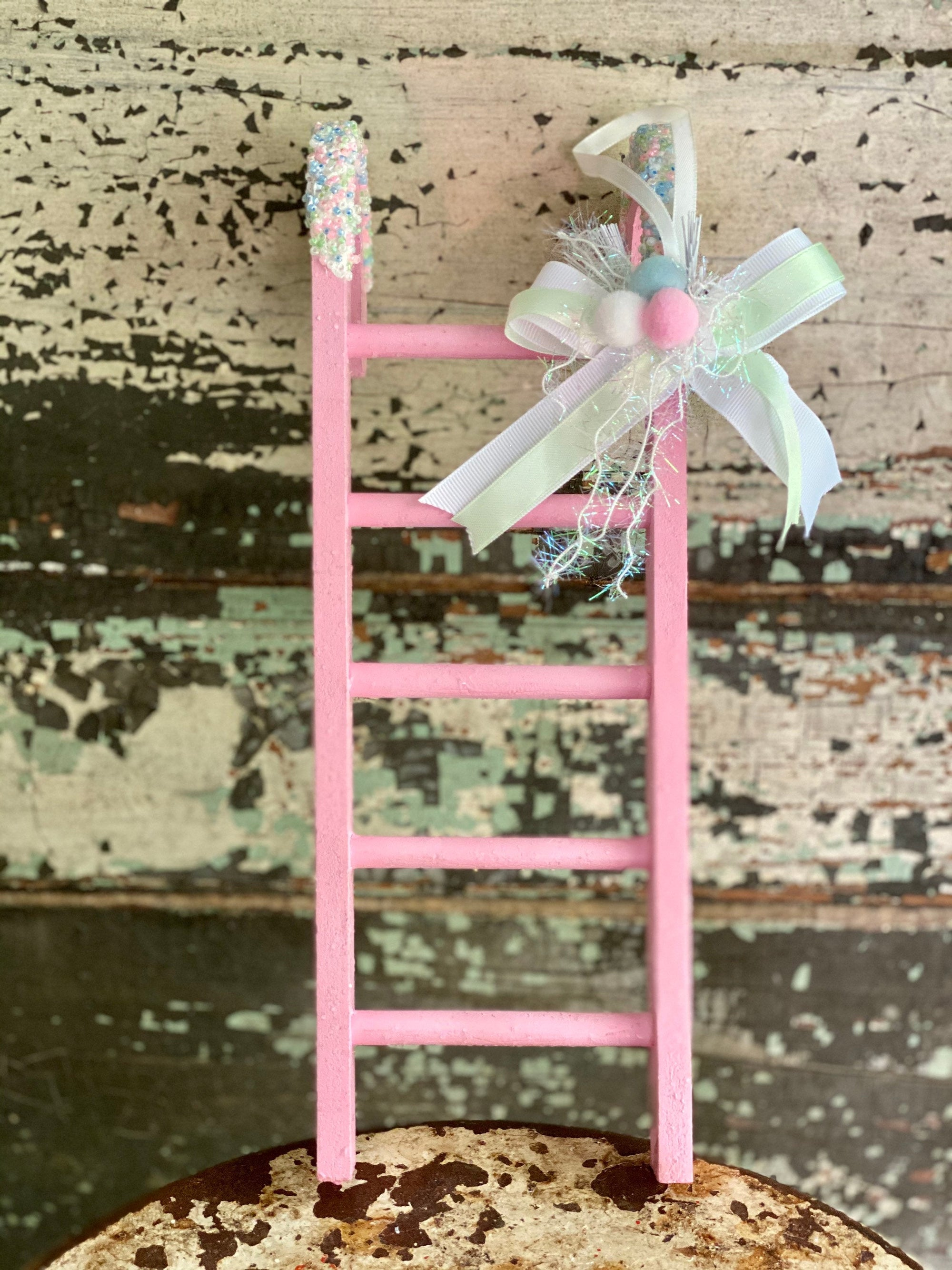 Christmas Candy Cane Ladder Crested Perch