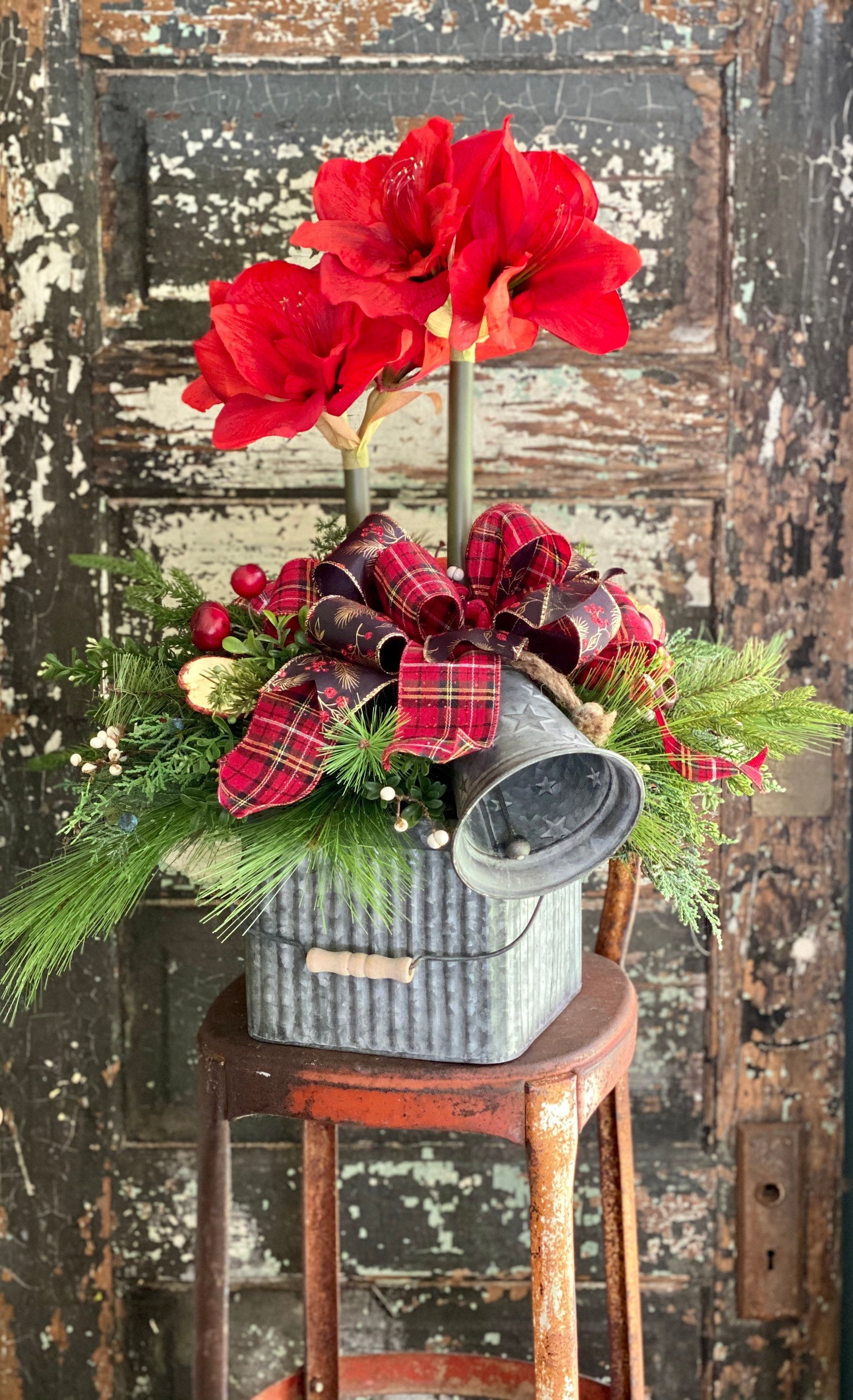 The Samar Red Amaryllis & Pine Christmas Centerpiece For Dining Table, winter decor, gift for her, holiday decor, christmas pine