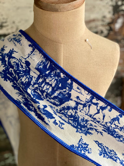 "White & Navy Blue Toile Wired Ribbon 4"" x 5 YARD ROLL, All season ribbon, farmhouse ribbon, Spring ribbon, Craft supply, Bow making"