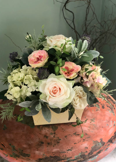 The Eileen Elegant Rose Centerpiece