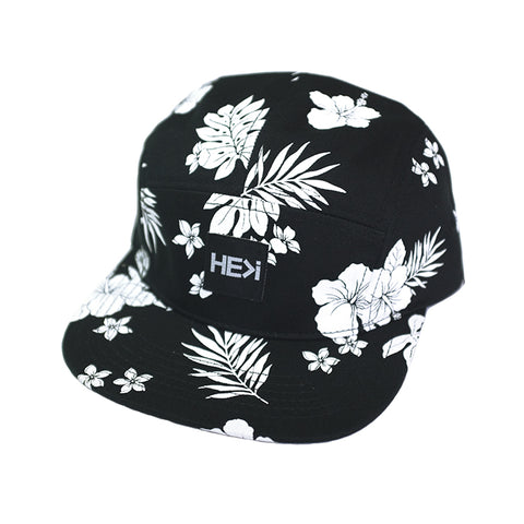 CURVED BRIM ISLAND TRUCKER HAT IN BLACK