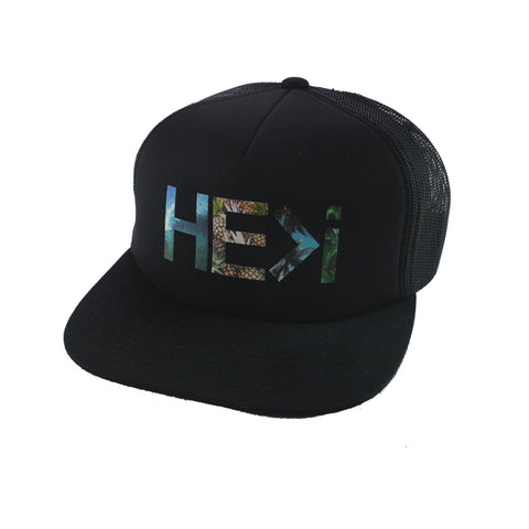 BOX LOGO TRUCKER HAT IN BLACK/WHITE/RED