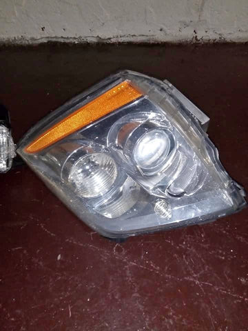 2006-2011 CADILLAC DTS HEADLIGHT CS456