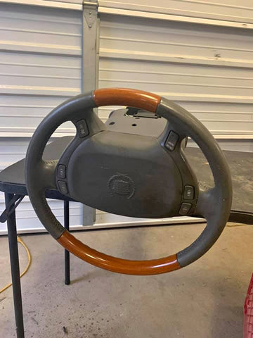 CADILLAC DTS STEERING WHEEL AND COLUMN CS599