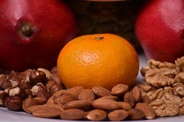 Tips for age defense eat a balanced diet