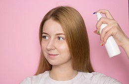 Tips to fight frizzy hair apply dry shampoo