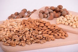 Tips to kickstart your fitness resolution add nuts in your diet