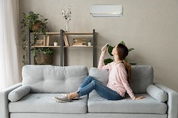 Tips to reduce symptoms of menopause cool room temperature