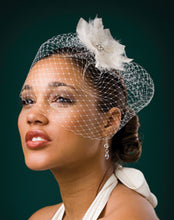 Load image into Gallery viewer, Basic Fly Away Birdcage Veil with Triangle Pointed Feather Flower with Crystal Brooch Center .