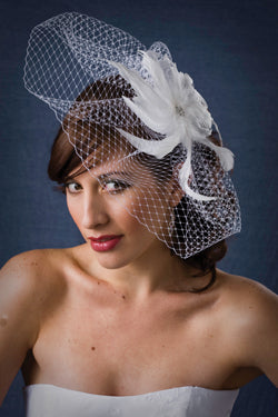 High Fashion Scallop Birdcage Veil with Coque Feathers with Rhinestone Brooch Center
