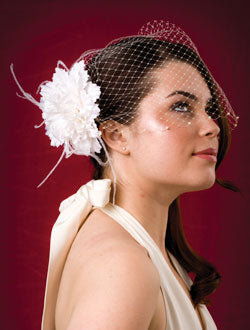 Basic Bandeau Birdcage with Pearls with Flower Loaded with Ostrich Flyaway's