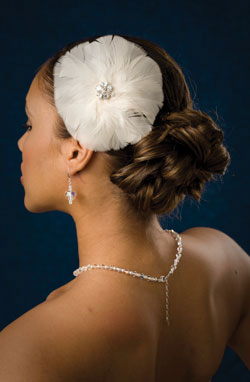 Circular Feather Fascinator with Vintage Style Broche Center