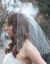 Load image into Gallery viewer, High Fashion French Net Birdcage Veil with Gathered Pouf