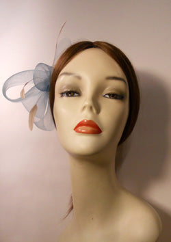 Horse Hair/Crinoline Fascinator with Coque Feathers and Vintage Style Brooch Center