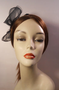 Horsehair/ Crinoline Fascinator with Coque Feathers