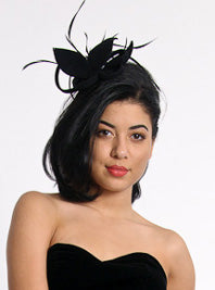 Velour Fascinator with Biot Feathers