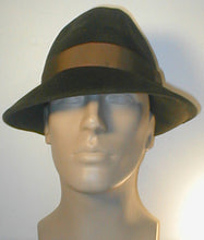 Load image into Gallery viewer, Velour Fedora with Grosgrain Band and Accent