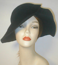 Load image into Gallery viewer, Velour Large Brim Draped Cloche.