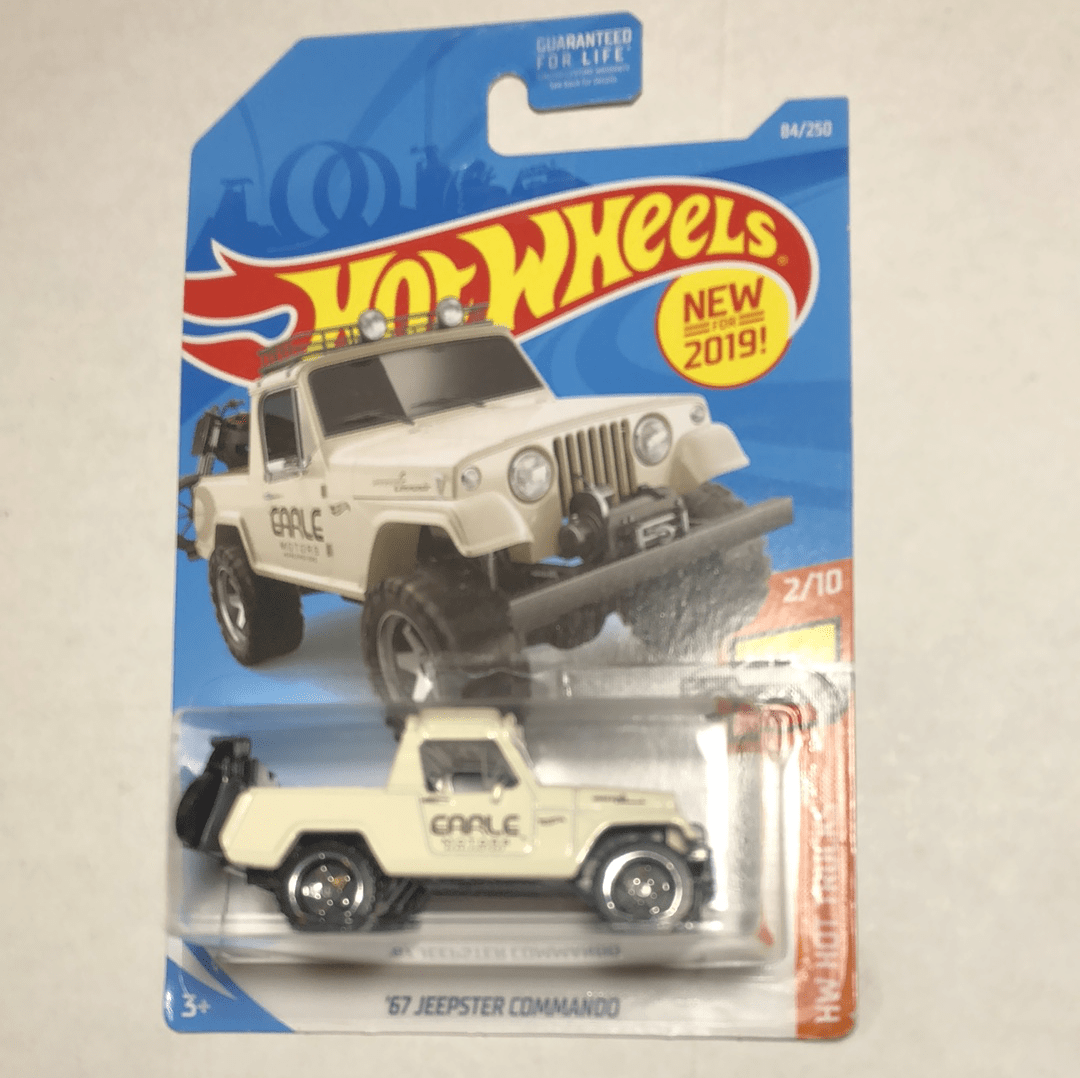 Hot Wheels 67 Jeepster Commando - Gonzo's Garage