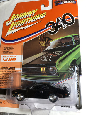 Johnny Lightning 1971 Plymouth Duster 340 - Gonzo's Garage