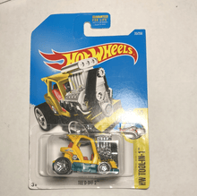 Load image into Gallery viewer, Hot Wheels Tee'D Off 2 - Gonzo's Garage