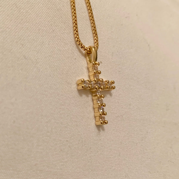 AuORA Gold Cross Necklace