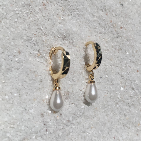 LoveFool Huggies 18k Gold Drop Pearl Earrings-Au+ORA
