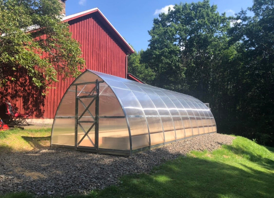 Planta Greenhouses - Sungrow 32 Greenhouse