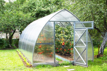Galvanized Greenhouse with Polycarbonate walls for sale
