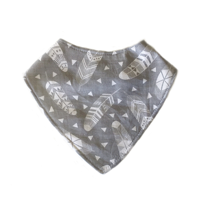 Dribble Bib | Grey Feather