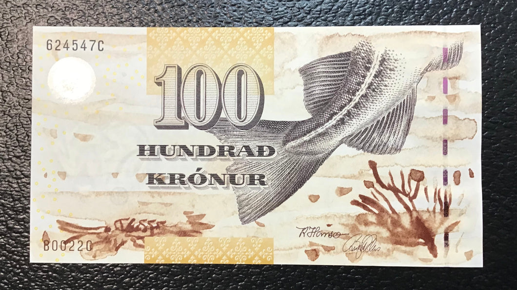 Faeroe Islands  P-25 (20)02  100 Kronur -Crisp Uncirculated