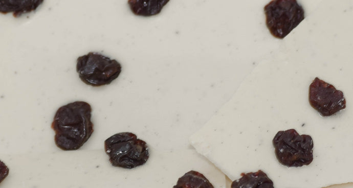 White Chocolate Bark with Cherries (4 oz.)