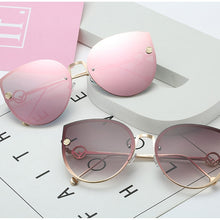 Load image into Gallery viewer, Rounded Cat Eye Sunglasses
