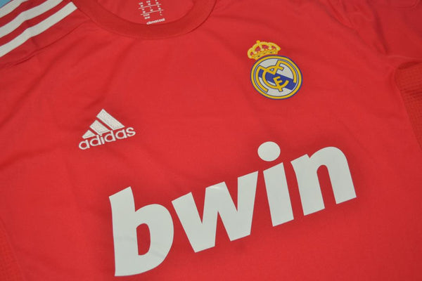 REAL MADRID 2011-2012 RONALDO 7 AWAY JERSEY