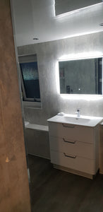 Luxury Walk-in Shower and Bath