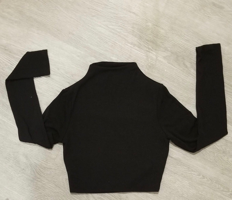 MOCK NECK CROP