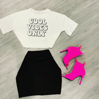 COOL VIBES ONLY CROP TEE