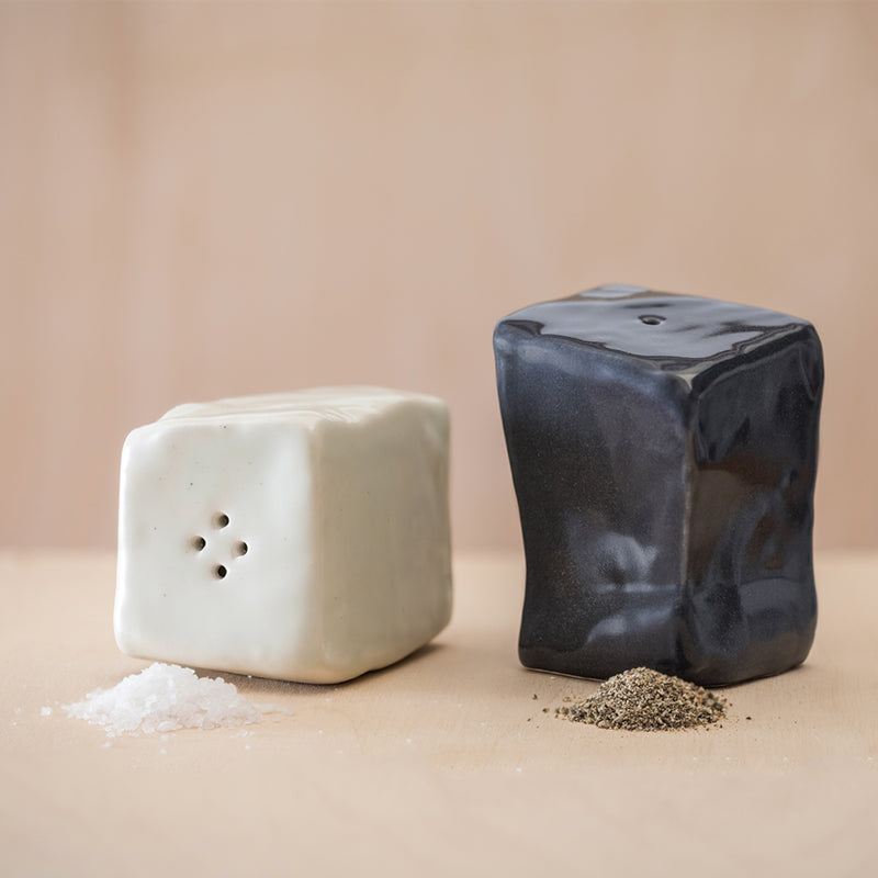 Calçada Salt And Pepper Set - MUDAM STORE